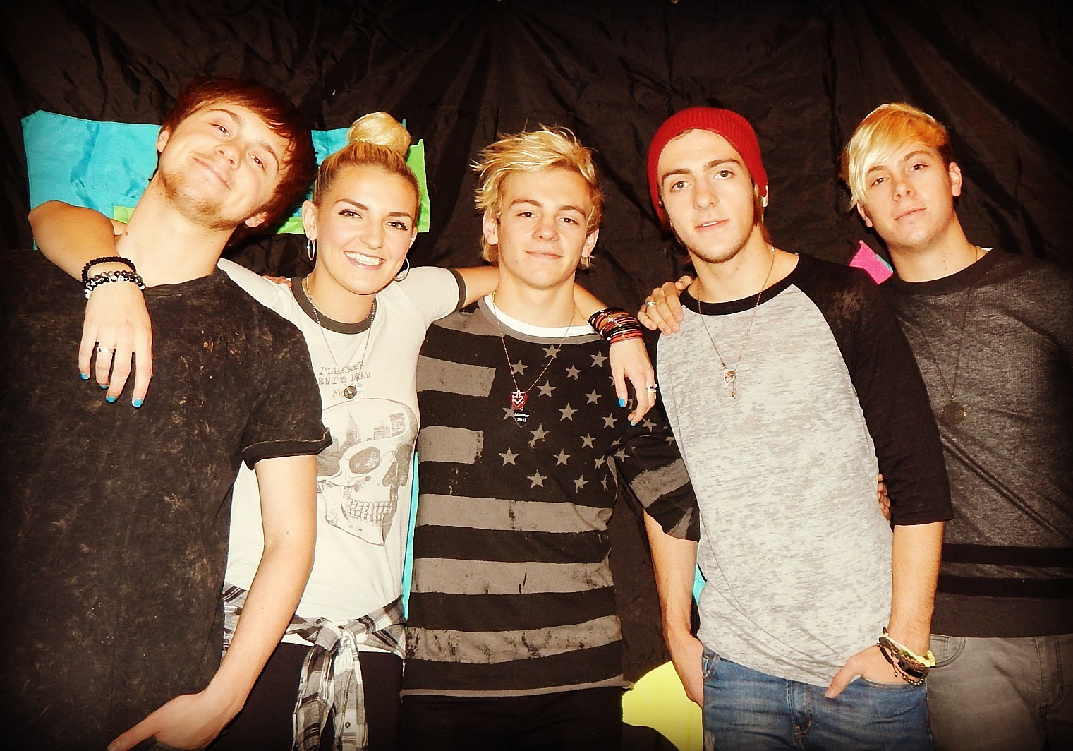 R5 performs for fun 107 fans at top secret location photos kristyandbryce Images