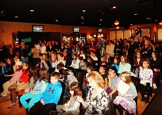 The crowd at R5 show