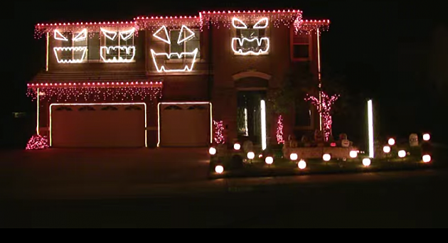 creative lighting displays via youtube - Halloween Lights Thriller