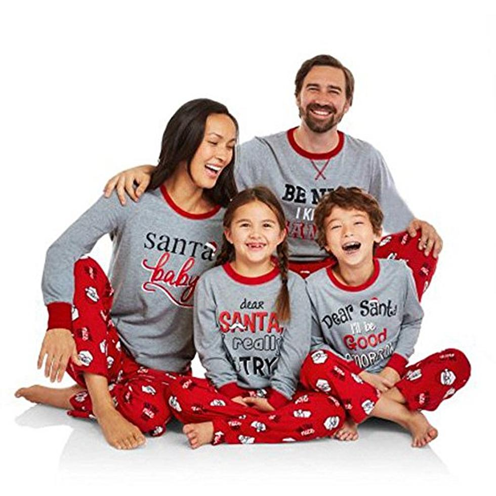 Christmas Pajamas For The Family: Cute Or Cheesy? [POLL]